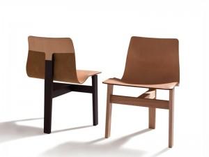 Agapecasa Tre 3 Stuhl mit drei Beinen ATRE530