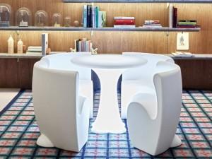 Myyour Community 4 Tisch mit Led RGB und Stühle 12114COMM